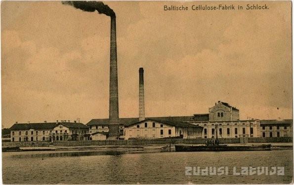 Fabryka celulozy w Sloce. Zdj. Zudusi Latvija