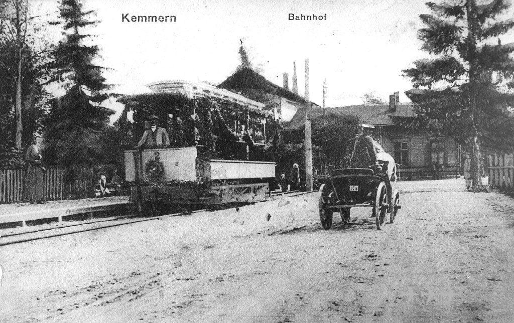 Stacja i tramwaj w Ķemeri. Zdj. tramvajs.ru